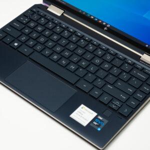 """Sforum - Trang thông tin công nghệ mới nhất HP-Spectre-x360-14-sforum-14-300x300 Trên tay tuyệt tác HP Spectre x360 13: Màn hình 4K OLED 100% DCI-P3, cấu hình chạm đỉnh, nhiều """"đồ chơi"""""""