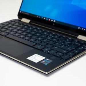 """Sforum - Trang thông tin công nghệ mới nhất HP-Spectre-x360-14-sforum-12-300x300 Trên tay tuyệt tác HP Spectre x360 13: Màn hình 4K OLED 100% DCI-P3, cấu hình chạm đỉnh, nhiều """"đồ chơi"""""""
