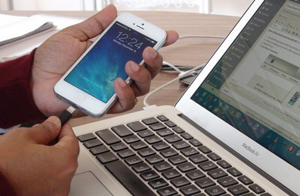 Cách kết nối iPhone với máy tính Windows 10