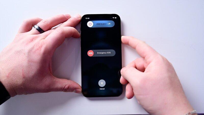 Cách tắt nguồn iPhone 12 đơn giản nhất