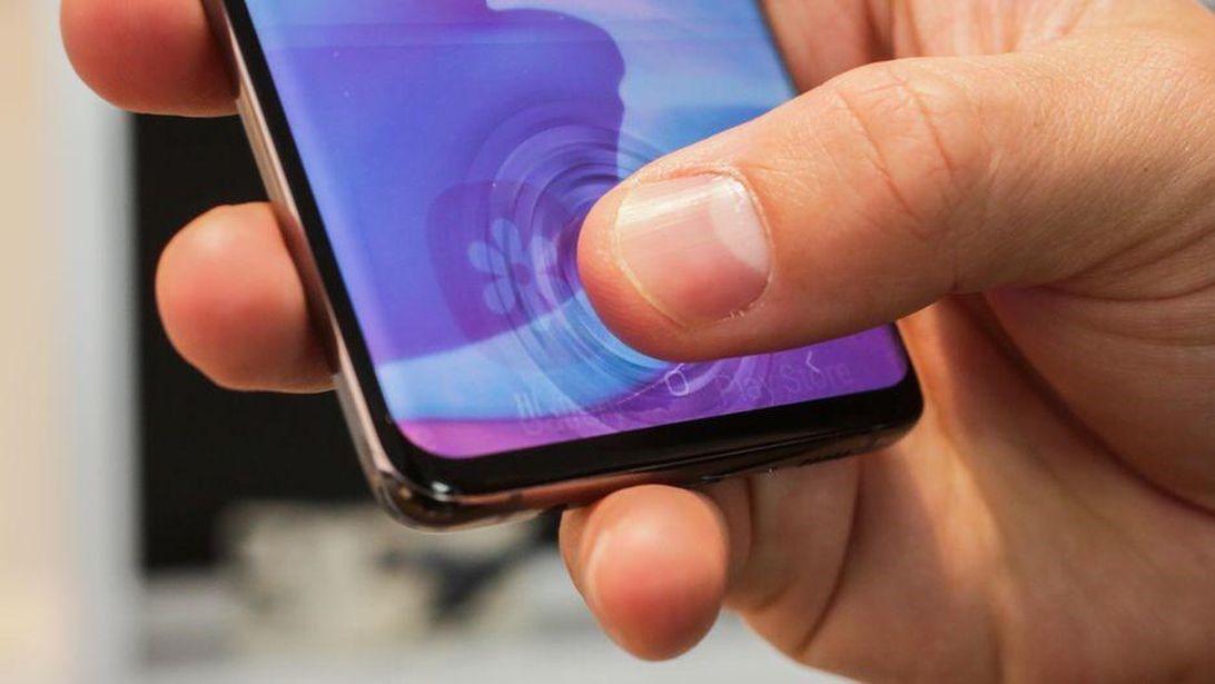 iPhone 13 không có 5 đặc tính hữu dụng mà bạn có trên điện thoại Android