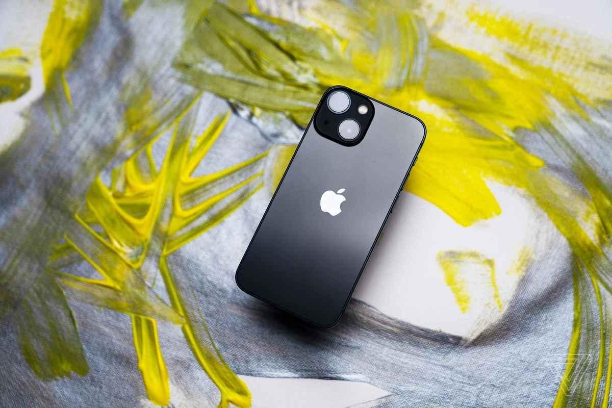 iPhone 13 review: Những gì bạn muốn tìm hiểu về phiên bản này